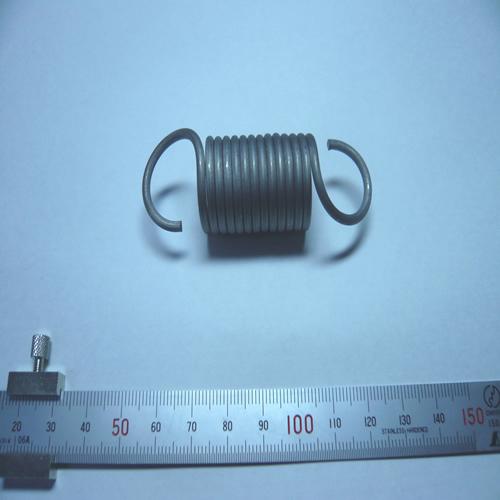 チタン製引張りバネ:水処理タンク用